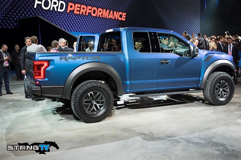 2017 Ford F-150 Raptor Specs and Pictures - 2017 Ford F-150 Raptor Specs and Pictures